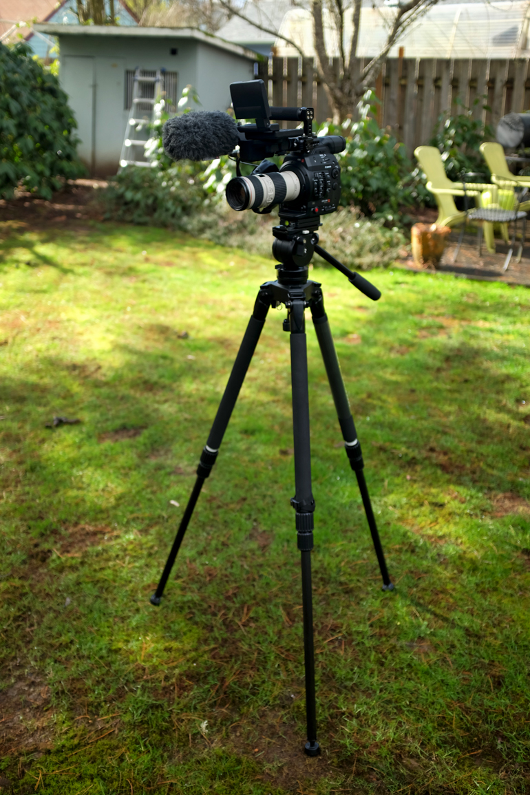 Best Travel Tripod For Mirrorless Camera