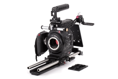 wooden camera c300 shoulder rig