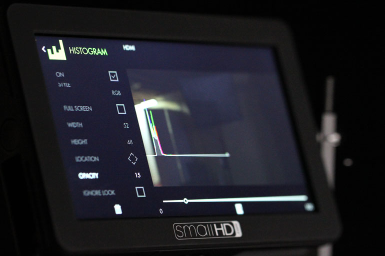 smallhd-focus-camera-field-monitor-histogram-waveform-lut-software
