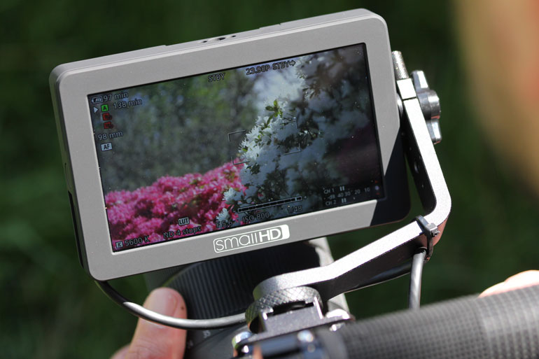 smallhd-monitor-bright-ultrabright-daylight-viewable-nit-high-bright-lcd-display
