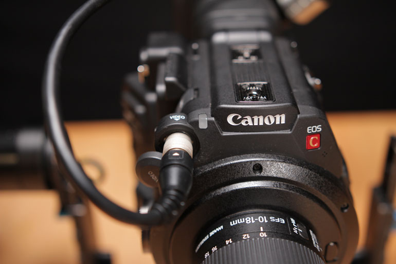 canon-c200-monitor-cable