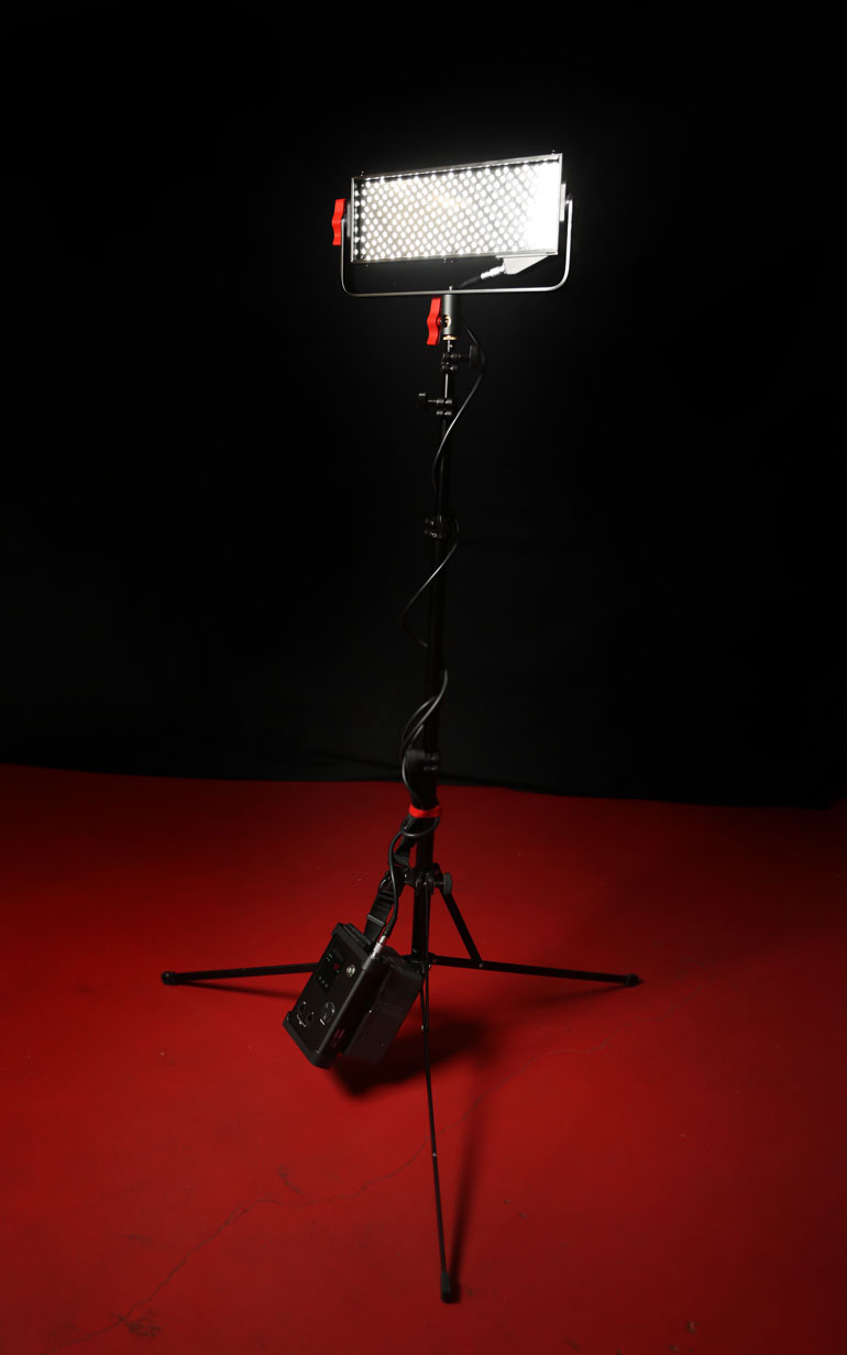 aputure-light-storm-ls-12-controller-light-stand