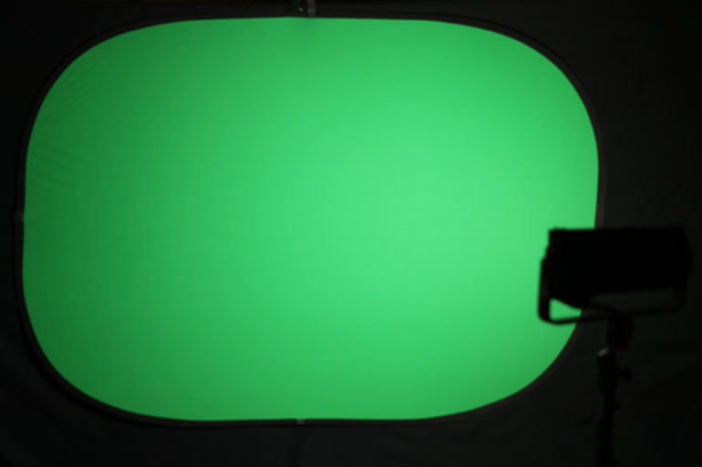 aputure-light-storm-ls-12-green-screen