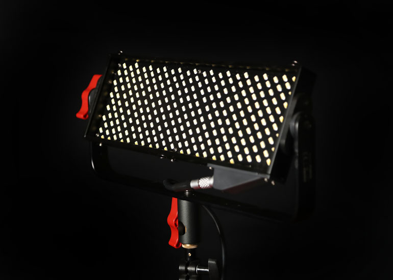 aputure-light-storm-ls-12