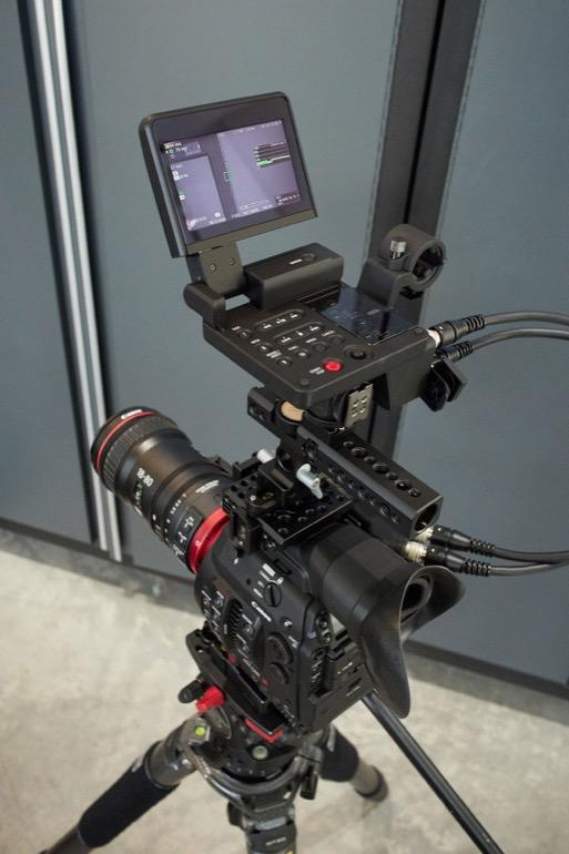 canon-c300-mk-ii-lcd.jpg