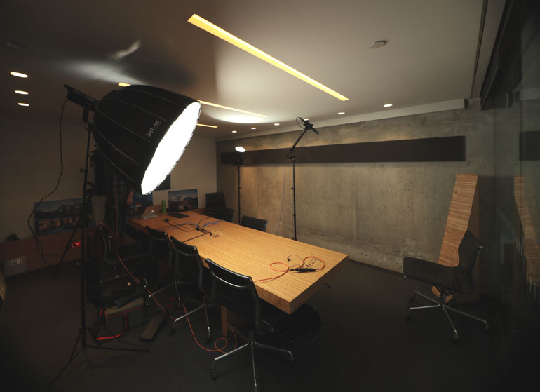 aputure-light-dome-conference-room