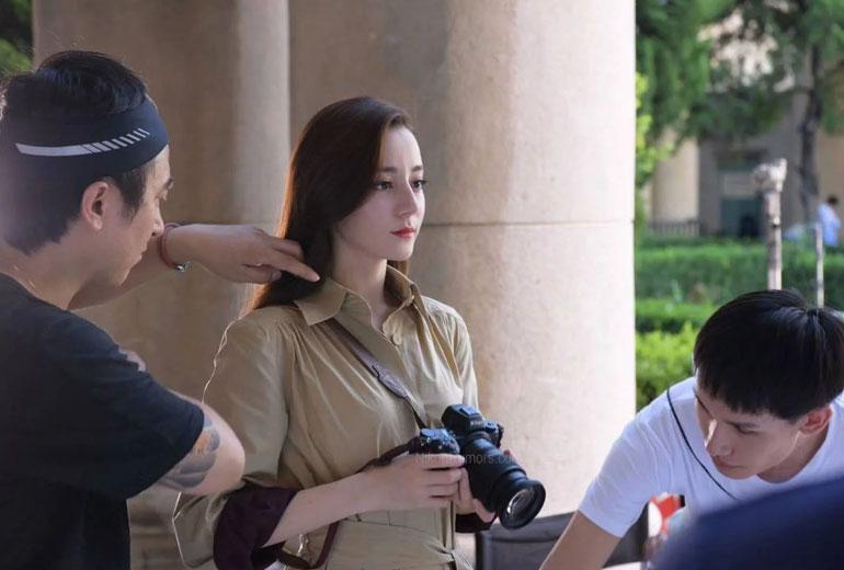 Nikon Teases Mirrorless Camera