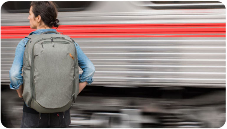 peak-design-kickstarter-travel-backpack