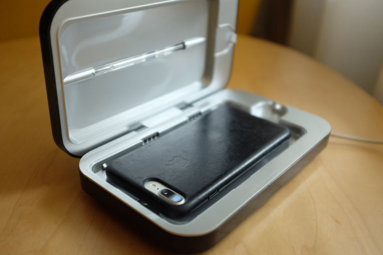 phonesoap-phone-cleaner-case