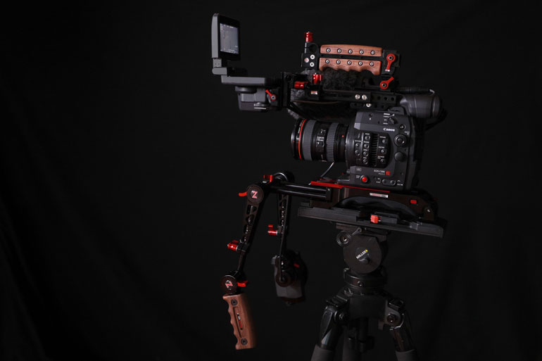zacuto-recoil-pro-with-trigger-grips