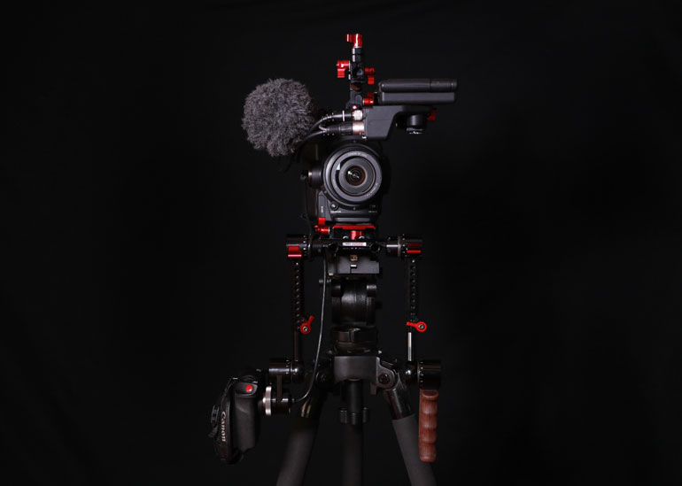 zacuto-recoil-shoulder-rig-canon-c300