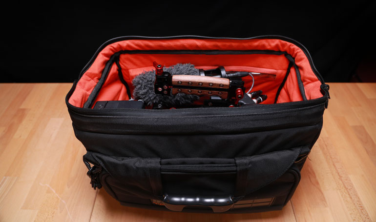 zacuto-trigger-grip-bag