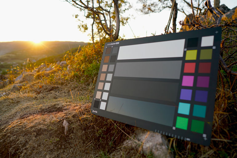 holiday-gift-ideas-filmmakers-colorchecker