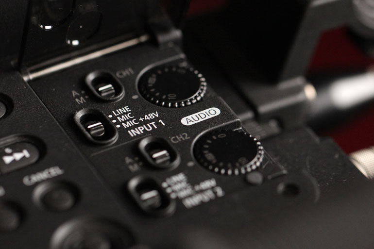 on-camera-microphone-inputs