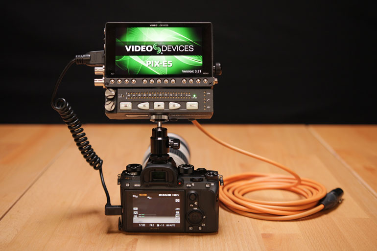 video-devices-xlr-adapter-sony-mirrorless