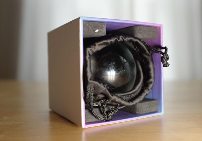 lens-ball-case
