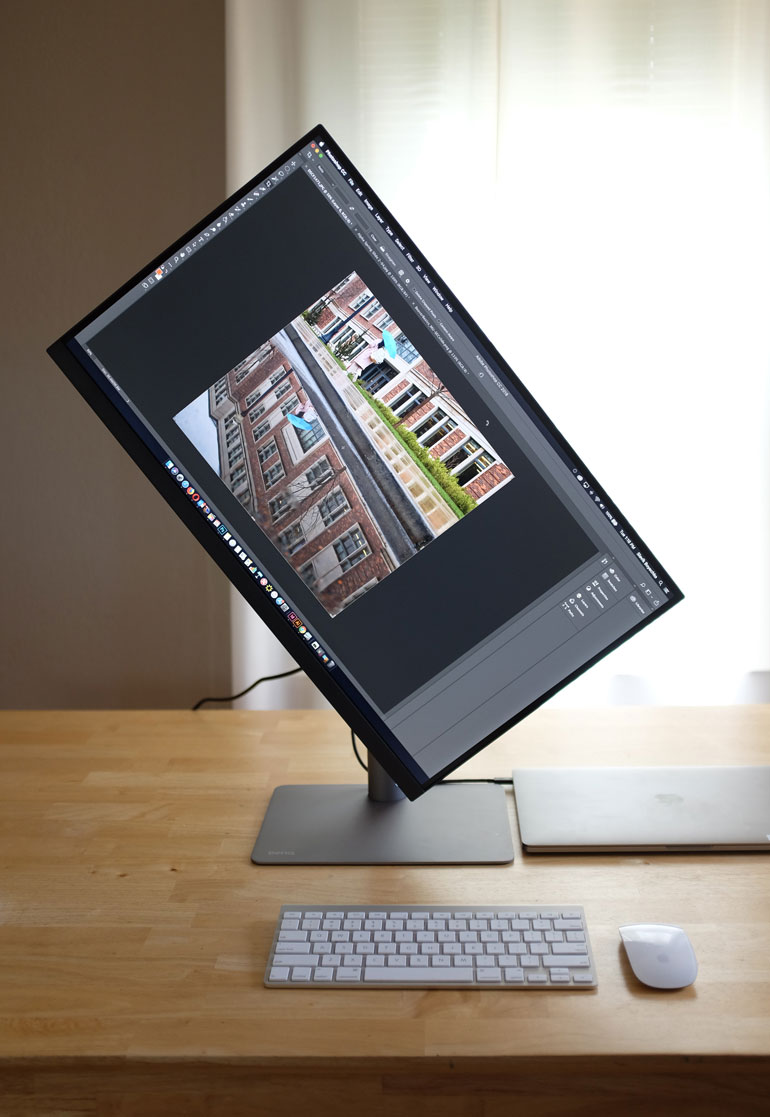 benq-photoshop-monitor-rotate