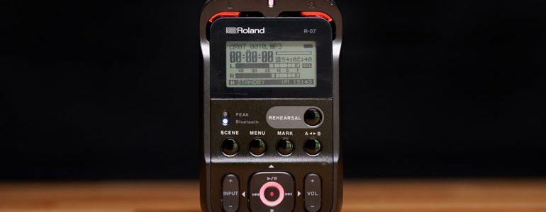 roland-r07-audio-recorder