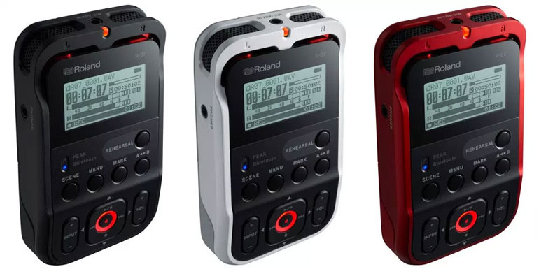 roland-r07-colors-black-white-red