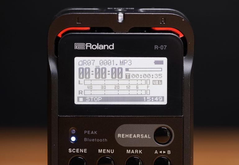 roland-r07-pocket-recorder-display-screen