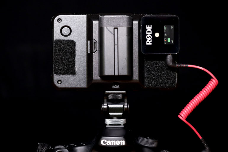 rode-wireless-go-camera-monitor-mount