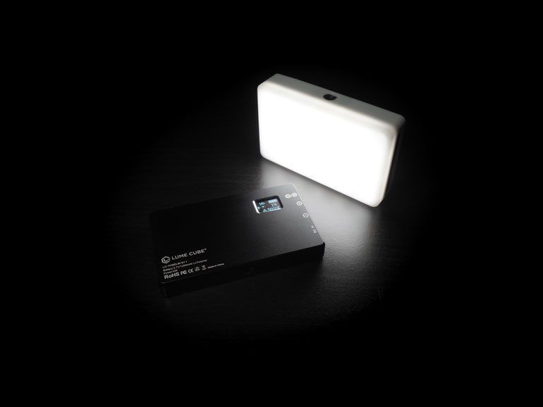 lumecube-mini-panel-led-light-rgb